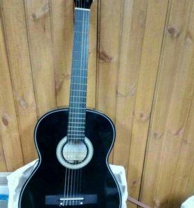 гитара новая, в чехле