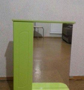 Шкаф с зеркалом в ванную комнату
