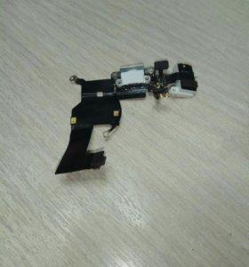 Нижний шлейф порта зарядки и аудио для iphone 5.