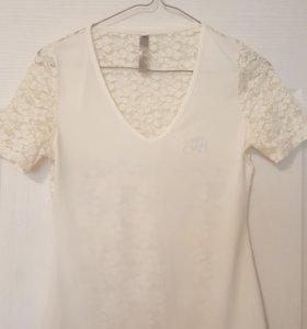 Белая гепюровая футболка