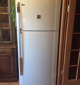 Продаю холодильник sharp
