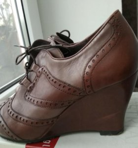 Туфли 38р кожа (натур).