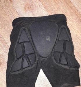Защита шорты