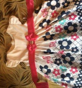 Платье на девочку 1,2 года, в отличном состоянии!