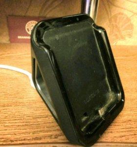Зарядное подставка для телефона