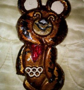 Олимпийский мишка 1980г