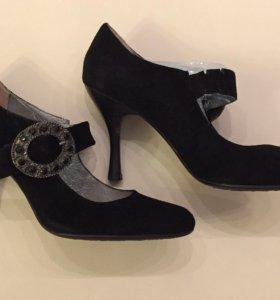 Туфли замша новые 37 размер