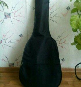 Чехол,медиаторы,тюнер для гитары.