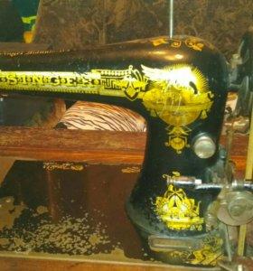 Машинка швейная Зингер.