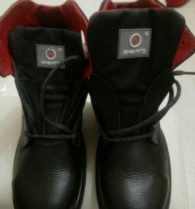 Новые термостойкие ботинки