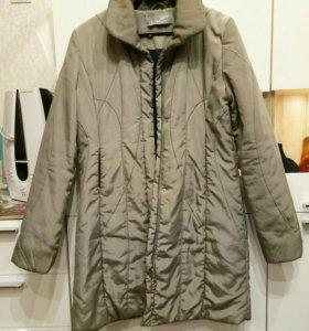 Пальто утепленное на демисезон