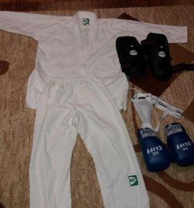 кимоно для борьбы ,защита на ноги,ракушка,перчатки