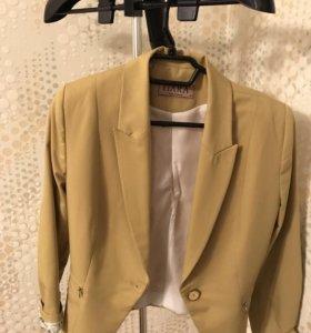 Пиджак фисташковый