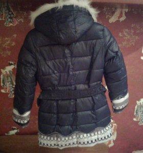 Зимняя курточка для девочки.Синя-белого цвета.