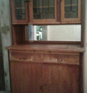 Старинный буфет / шкаф