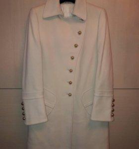 Пальто Италия 44 размер