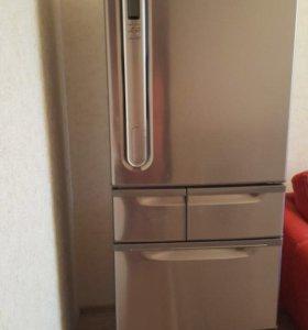 Холодильник Toshiba