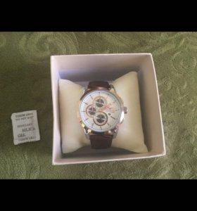 Часы Coroz London