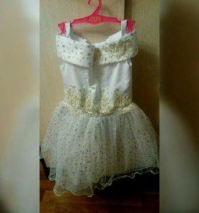 Платье новое для девочки, рост 116