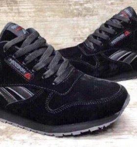 Новые зимние кроссовки 36 размер