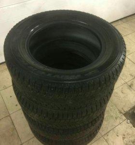 Dunlop 215/65R16