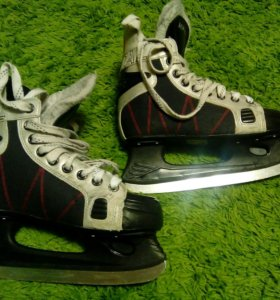 Хоккейные коньки RENTAL