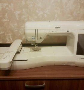 Вышивальная машина Brother innovis V3