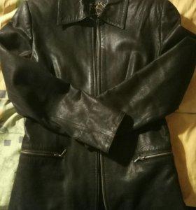 Кожаная куртка женская 42-44р