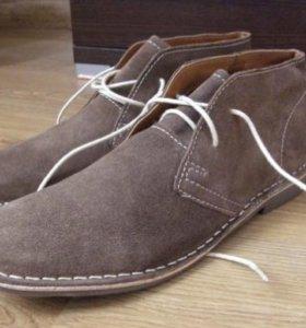 НОвые, замшевые ботинки