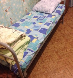Мебель б/у, кровати, шкафы