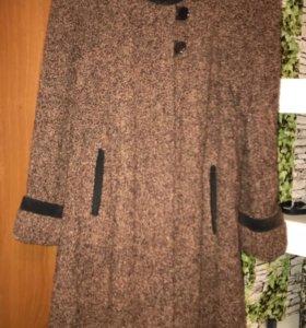 Пальто буклированное