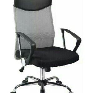 Q-025 кресло офисное