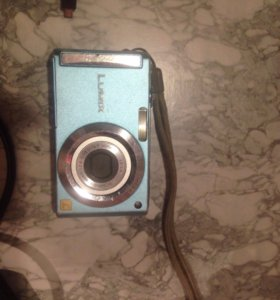 Цифровой фотоаппарат LUMIX Panasonic