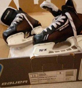 Коньки хоккейные, размер 35,состояние новых