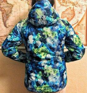 Сноубордическая куртка 686