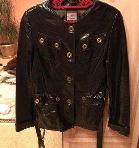 Куртка кожаная лаковая натуральная