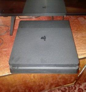 Игровая консоль PS4