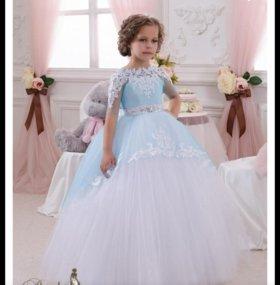 Скоро новый год! Наряжаем принцесс!!