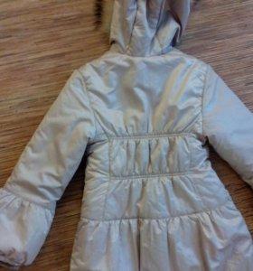 Пальто для девочки в хорошем состоянии