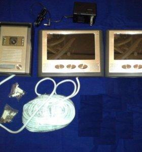 Видеодомофон с двумя мониторами