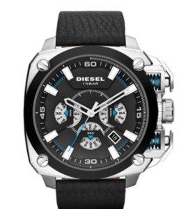 Продам наручные мужские кварцевые часы Diezel