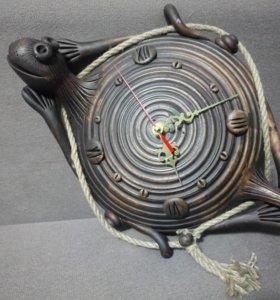 Продам настенные керамические часы «Черепаха»