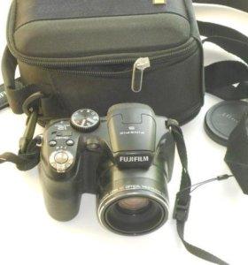 Fujifilm FinPix S1600 12 мп
