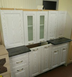 Кухня Кантри1.6 белый дуб