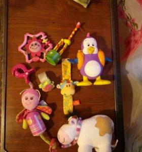 Фирменные Игрушки для малыша