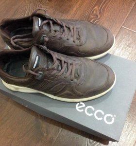 Ботинки ECCO р.39