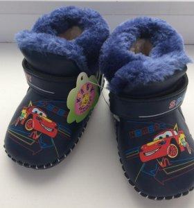 Ботинки зимние (новые)