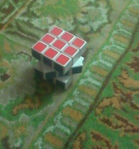 Кубик и ракетки