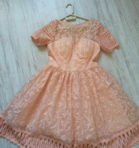 Chi Chi London кружевное платье. Размер uk8