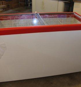 Морозильный ларь на 551 л, прямое стекло